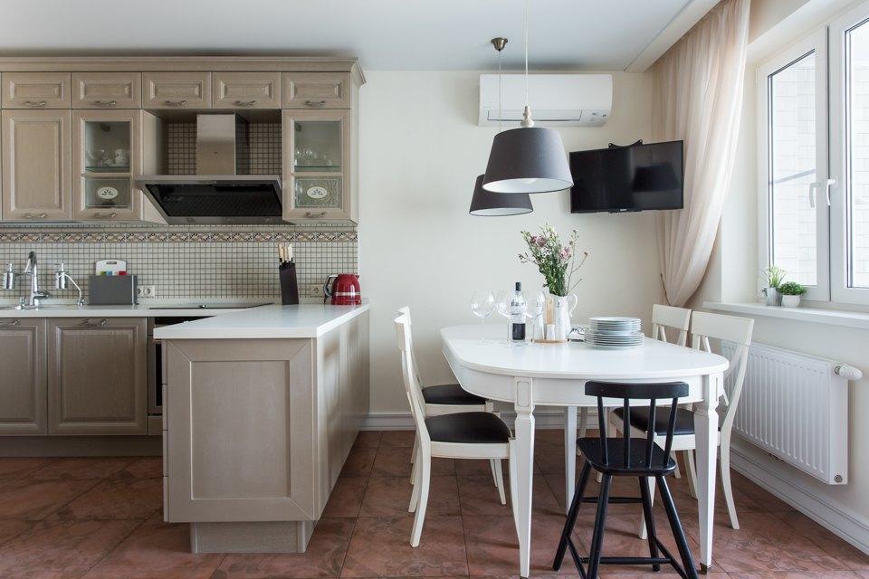 Большая квартира для семьи на«Нагатинской» с кабинетом илимонной ванной. Изображение № 2.