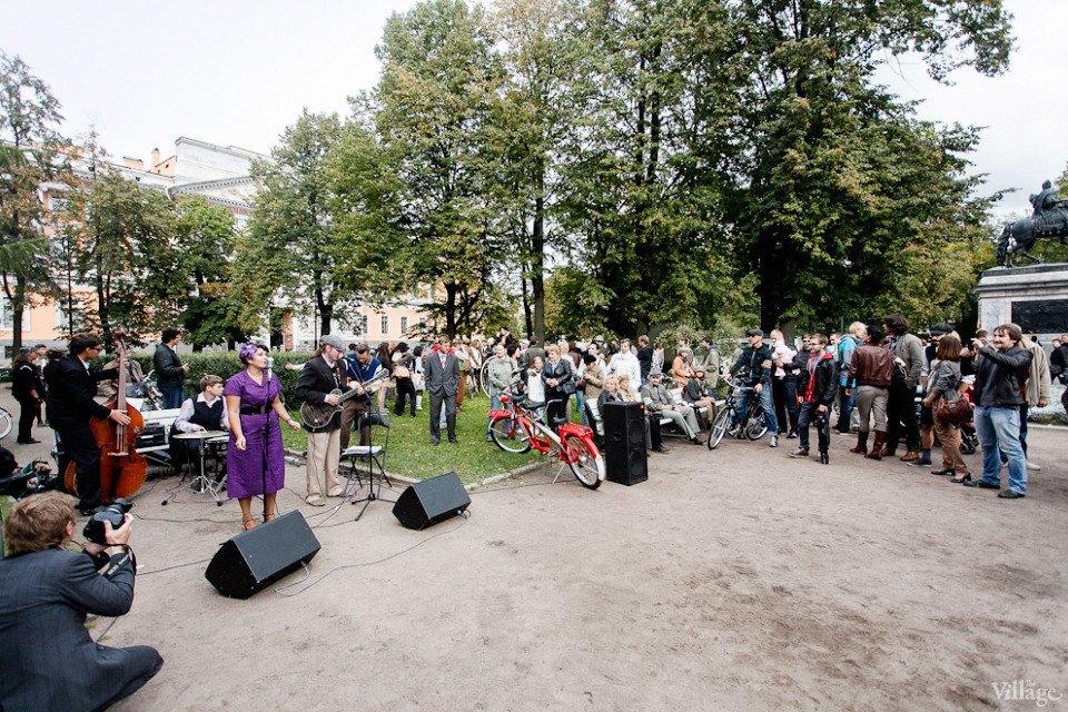 C твидом на город: участники веловояжа в Петербурге о ретро-вещах. Изображение № 27.
