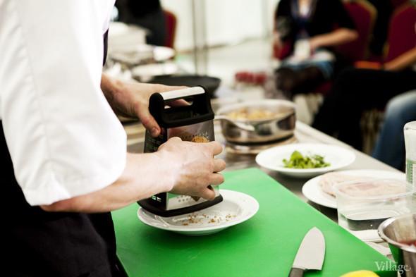 Omnivore Food Festival: Андрей Рывкин готовит карри из петуха на монастырском квасе. Изображение № 4.