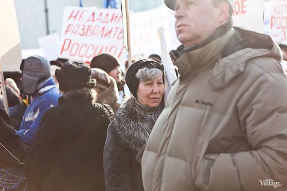 Фоторепортаж: Митинг в поддержку Путина в Петербурге. Изображение № 11.