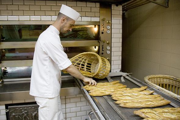 Фоторепортаж с кухни: Как пекут хлеб в «Волконском». Изображение № 28.