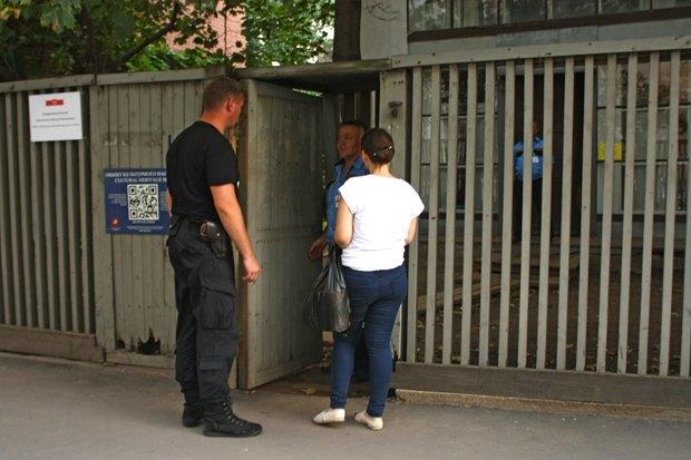 Что происходит сдомом Мельникова. Изображение № 10.