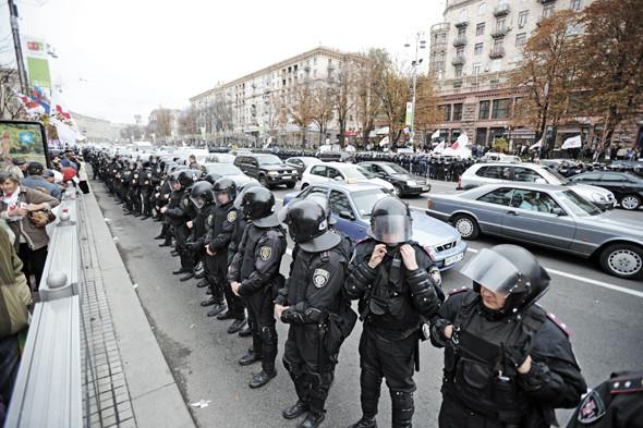 Copwatch: Действия милиции на Крещатике в день оглашения приговора Юлии Тимошенко. Зображення № 8.