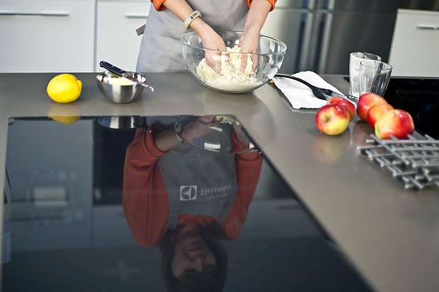 Шеф дома: Яблочный крамбл и песто из черемши Екатерины Дроздовой. Изображение № 13.