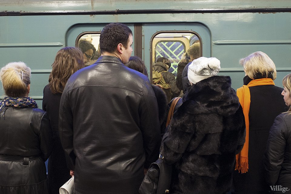 Фоторепортаж: Час пик на станции «Выхино». Изображение № 11.