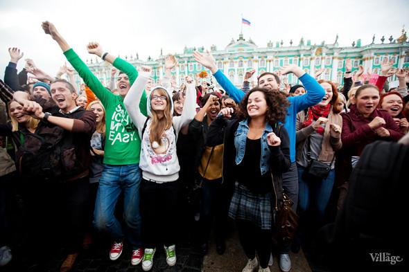 В Петербурге на Дворцовой площади танцевал Мэтт Хардинг. Изображение № 2.