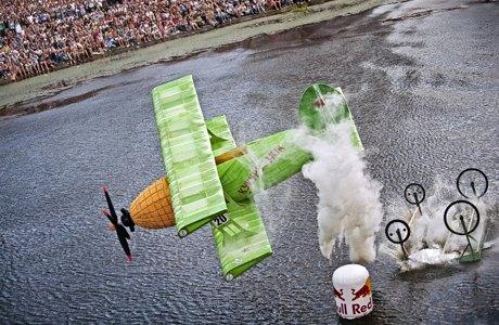 Летом в городе пройдут соревнования Red Bull Flugtag. Зображення № 5.