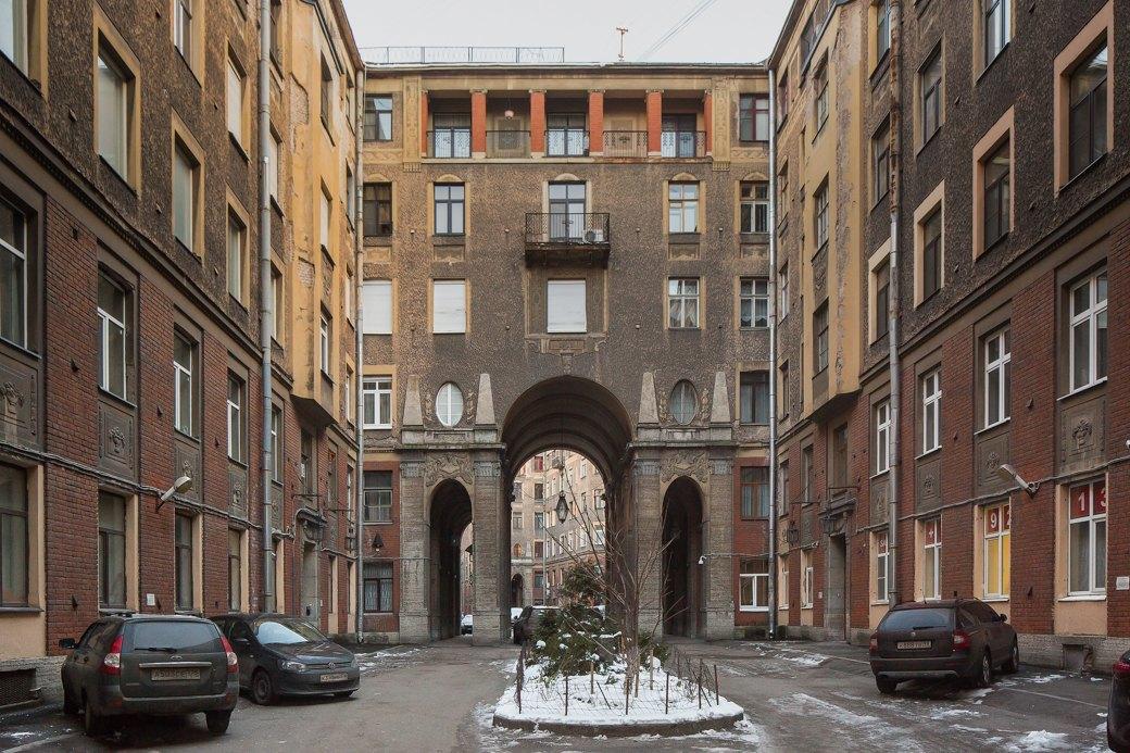 Я живу вТолстовском доме (Петербург). Изображение № 12.