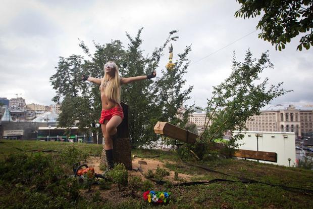 Женский день: Как поддержали Pussy Riot в Киеве. Зображення № 16.