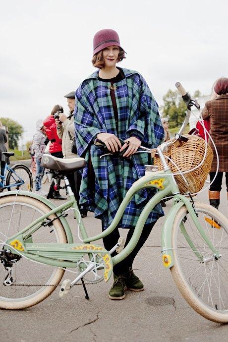 Твид выходного дня: Участники ретрокруиза — о своей одежде и велосипедах. Изображение № 11.