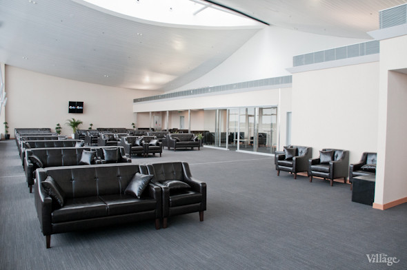 Фоторепортаж: В аэропорту Борисполь открыли самый большой на Украине терминал. Зображення № 13.