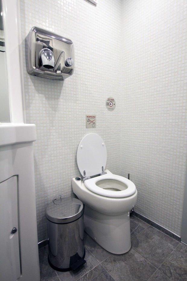 Общественный туалет повышенной комфортности наДумской. Изображение № 4.