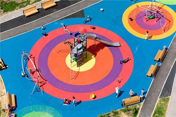 Детская площадка в Марфине. Фотографии — Эдас Кирпичев. Изображение № 14.