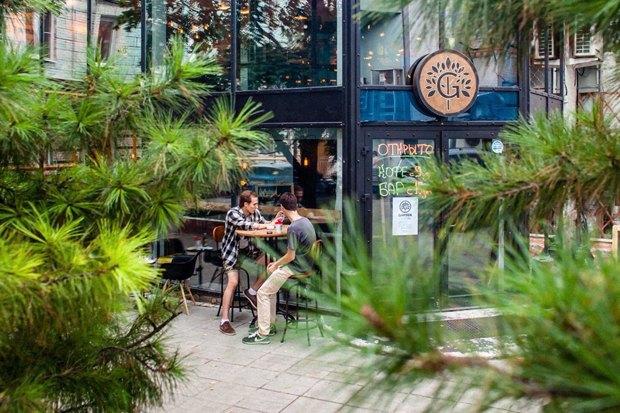 Рестораны «Воронеж», «Мясной клуб» и Madame Wong, бар Garden: Beer and Coffee и кафе «Тук-тук»  . Изображение № 2.
