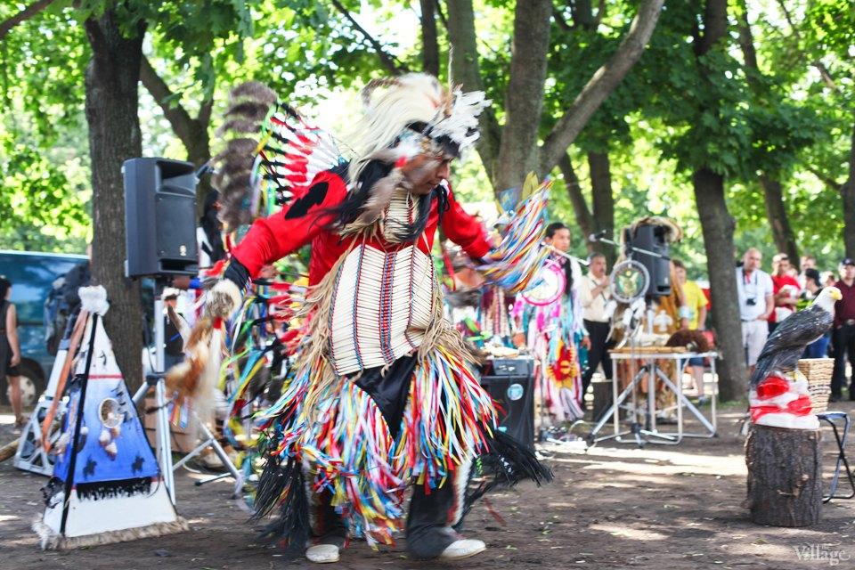 Гости столицы: Как вМоскве оказались индейские музыканты. Изображение №1.