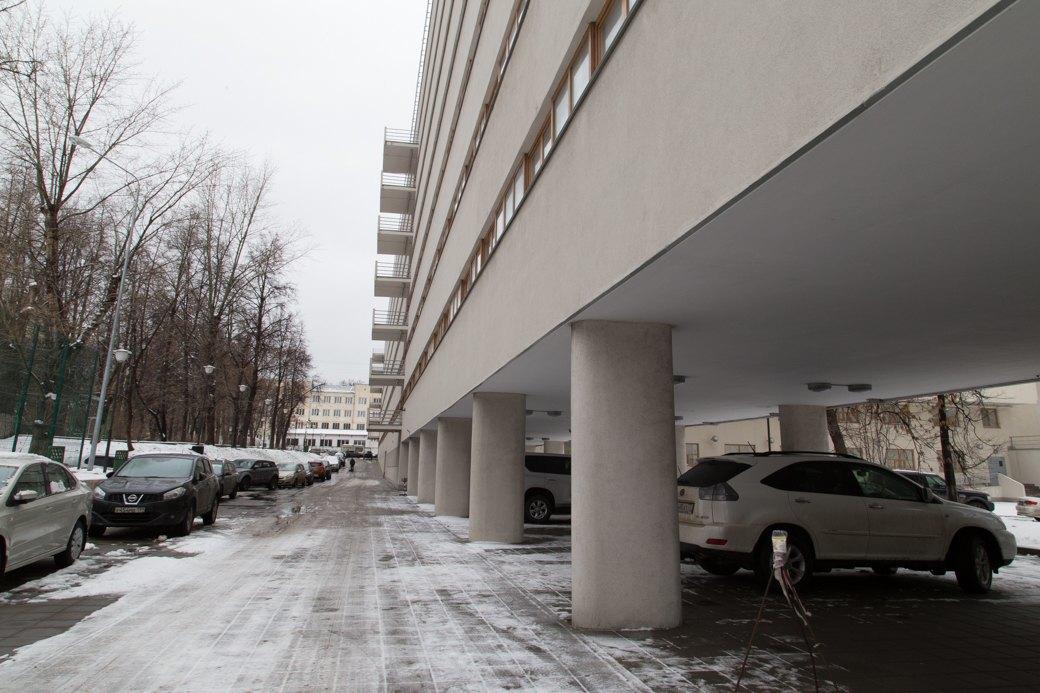 Я живу в доме-коммуне наулице Орджоникидзе. Изображение № 5.