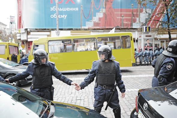 Copwatch: Действия милиции на Крещатике в день оглашения приговора Юлии Тимошенко. Зображення № 10.