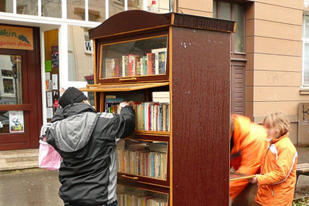 Общественный книжный шкаф в немецком Ганновере. Изображение № 4.
