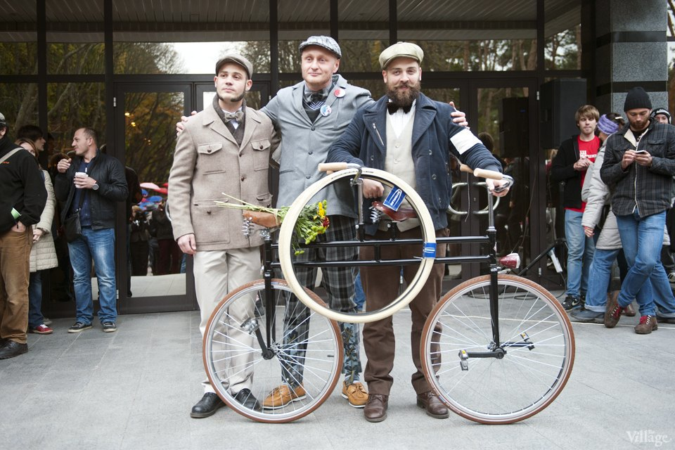 Твид выходного дня: Участники ретрокруиза — о своей одежде и велосипедах. Зображення № 9.