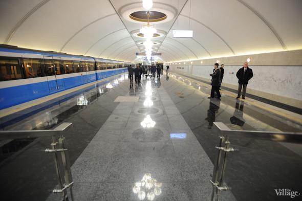 Фоторепортаж: В Киеве открылась новая станция метро. Зображення № 4.