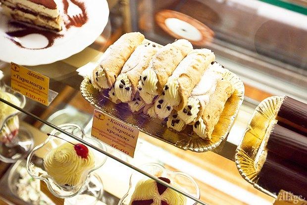 Все свои: Кафе-мороженица «Вкусные штучки» наПетроградке. Изображение № 4.