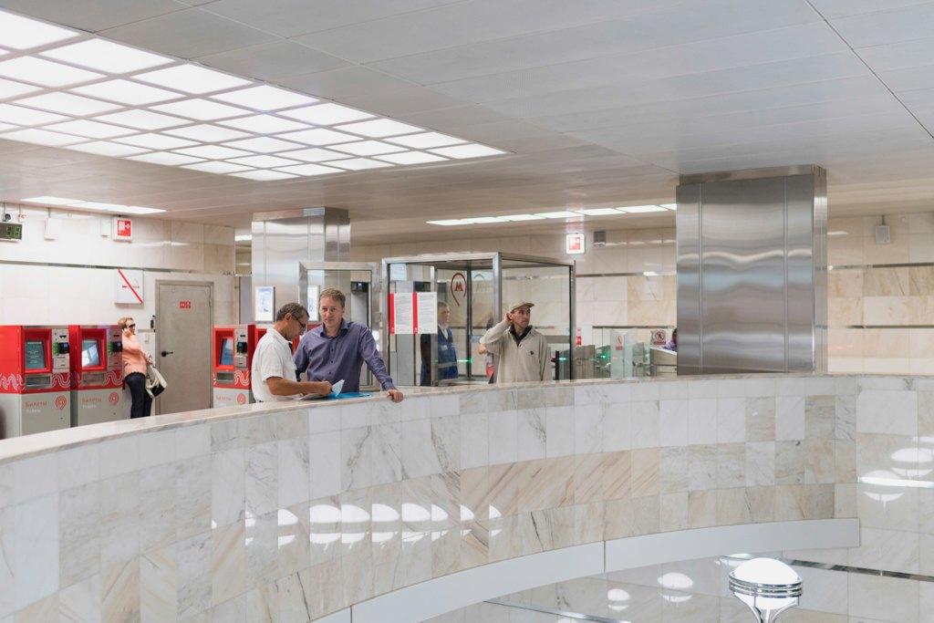 Зонтпэкер изарядка для гаджетов—как устроена станция метро «Котельники». Изображение № 30.