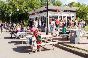 Еда в парке Горького: 33кафе, ресторана икиоска. Изображение №29.