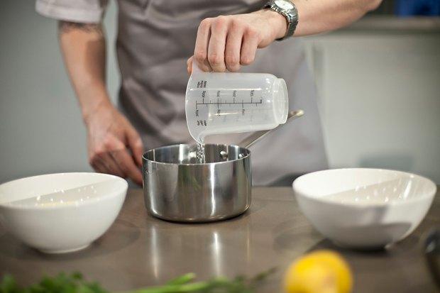 Шеф дома: Ягненок, хумус иоблепиховый десерт шефа «Стрелки». Изображение № 20.