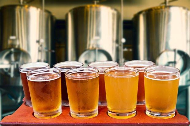 Шампанерия Sparkling Dog, кафе «Лафлафель» и «Пион», пивной бар «Варка», кофейня The Bagel Bar. Изображение № 2.