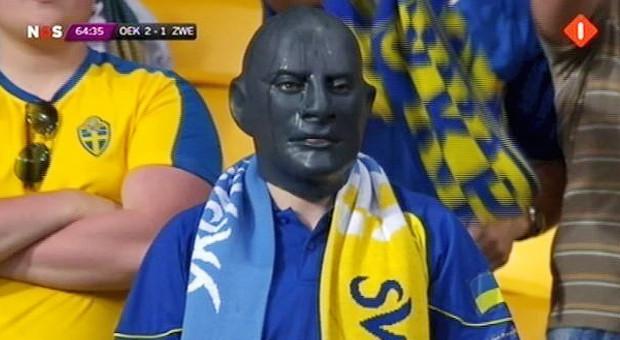 Знакомые лица: Интернет-герои Евро-2012. Зображення № 1.