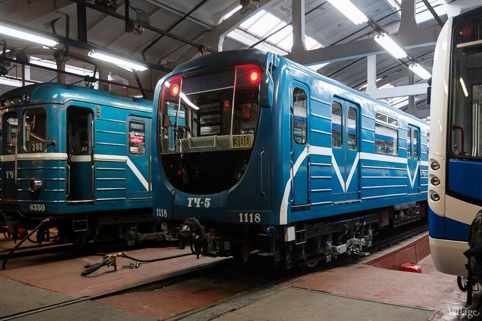 Фото дня: Бесшумный поезд Нева. Изображение № 11.