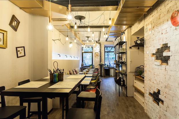 На Малой Бронной открылось кафе ближневосточной кухни Laffa Laffa. Изображение № 1.