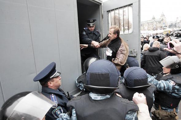 Copwatch: Действия милиции на Крещатике в день оглашения приговора Юлии Тимошенко. Зображення № 25.