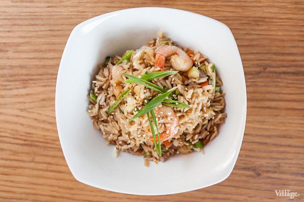 Рис, жаренный с креветками, — 155 рублей. Изображение № 43.