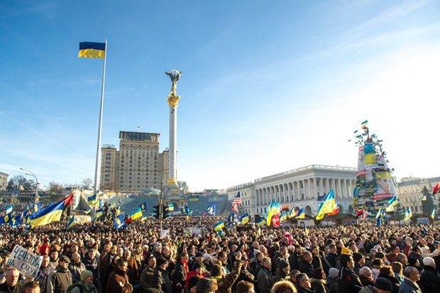 Работа со вспышкой: Фотографы — о съёмке на «Евромайдане». Изображение № 37.