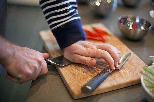 Шеф дома: Том ям и сашими из тунца Геннадия Иозефавичуса. Изображение № 24.