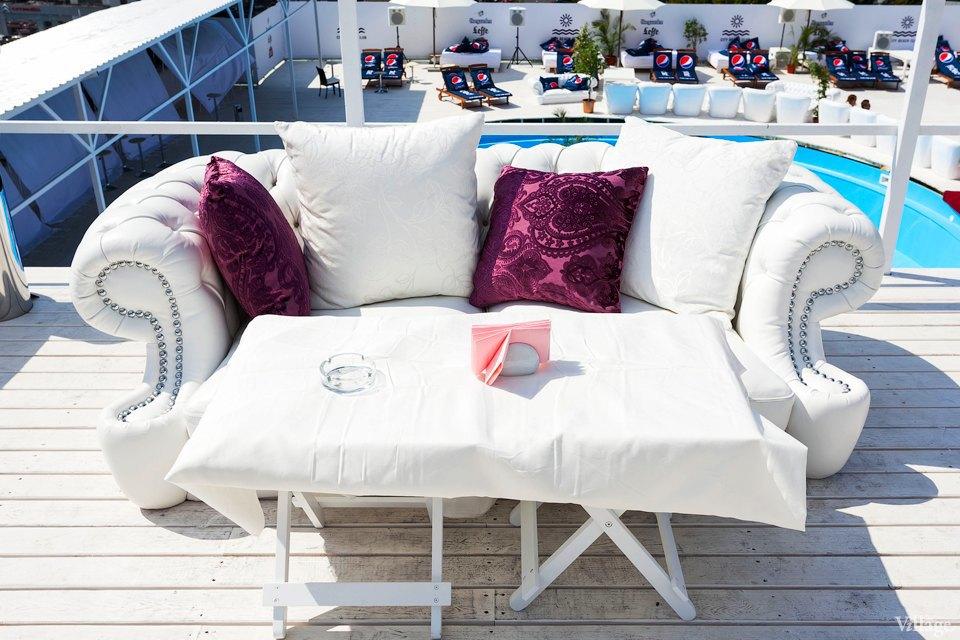 Фоторепортаж: Пляжный клуб на крыше Ocean Plaza . Зображення № 11.