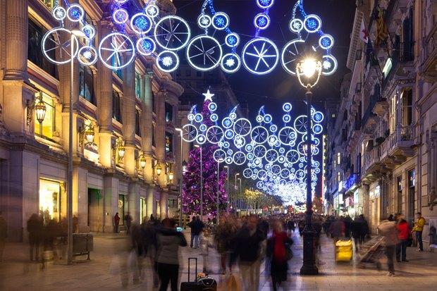 Как у них: Что делают в новогоднюю ночь жители Индонезии, Польши и Колумбии. Изображение № 12.