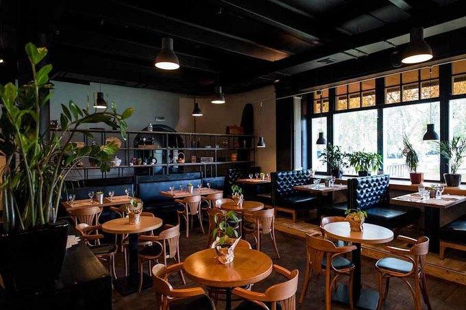 На Ленинском проспекте открылся ресторан «Ви'н'Вуд». Изображение № 2.
