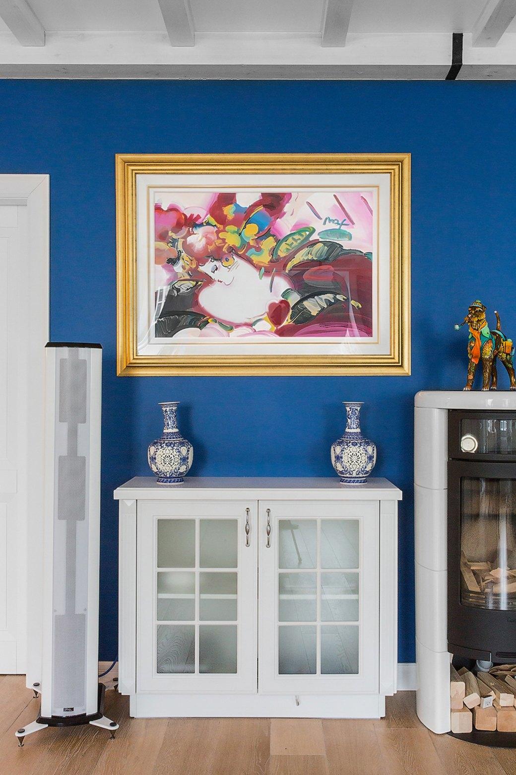 Квартира встаром доме склассической мебелью иплиткой азулежу (Петербург). Изображение № 3.