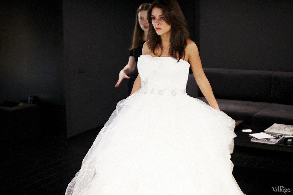 Любо-дорого: Невесты о свадебныхплатьях. Изображение № 11.