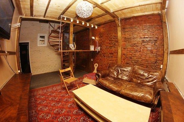 На Малой Садовой открылся хостел Mezzanine. Изображение № 1.