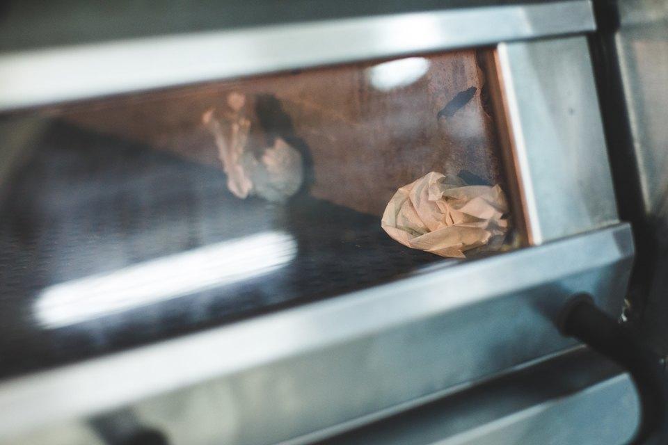 Производственный процесс: Как готовят кошерный хлеб. Изображение № 18.