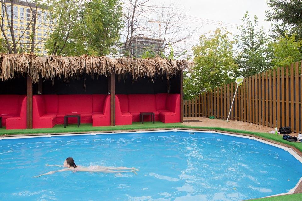 Жизнь — курорт: Пять новых открытых бассейнов вМоскве. Изображение № 18.