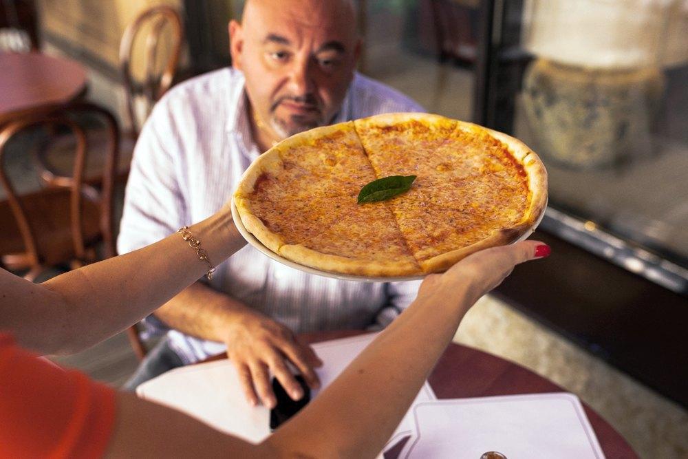 Впоисках лучшей пиццы «Маргарита» . Изображение № 21.