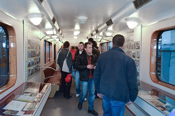 Фоторепортаж: Новые экскурсии по киевскому метро. Зображення № 14.