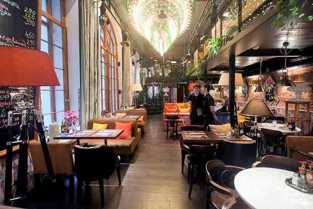 В Доме Мертенса открылся ресторан-кондитерская Bengel & Zaek. Изображение № 5.