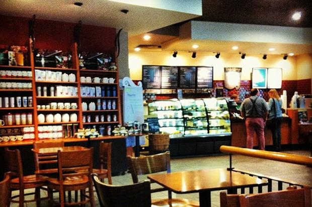 Starbucks в Москве. Изображение №1.