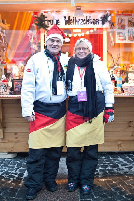 Люди в городе: Продавцы рождественской ярмарки на Островского. Изображение № 43.