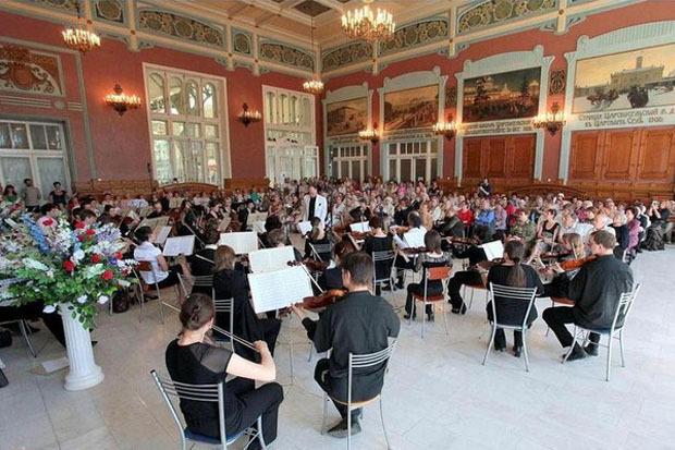 На Витебском вокзале дают бесплатные концерты классической музыки. Изображение № 1.
